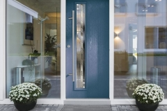 blue-comp-door