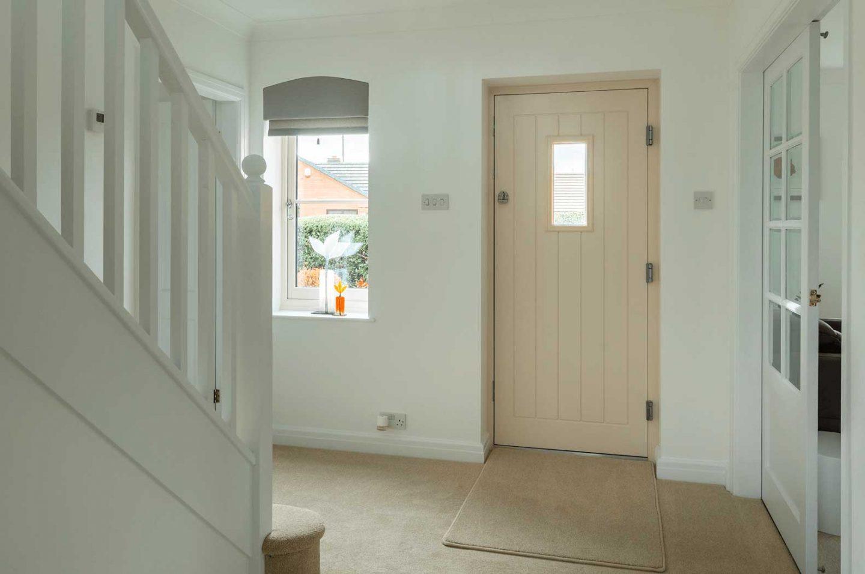 grey composite doors leek