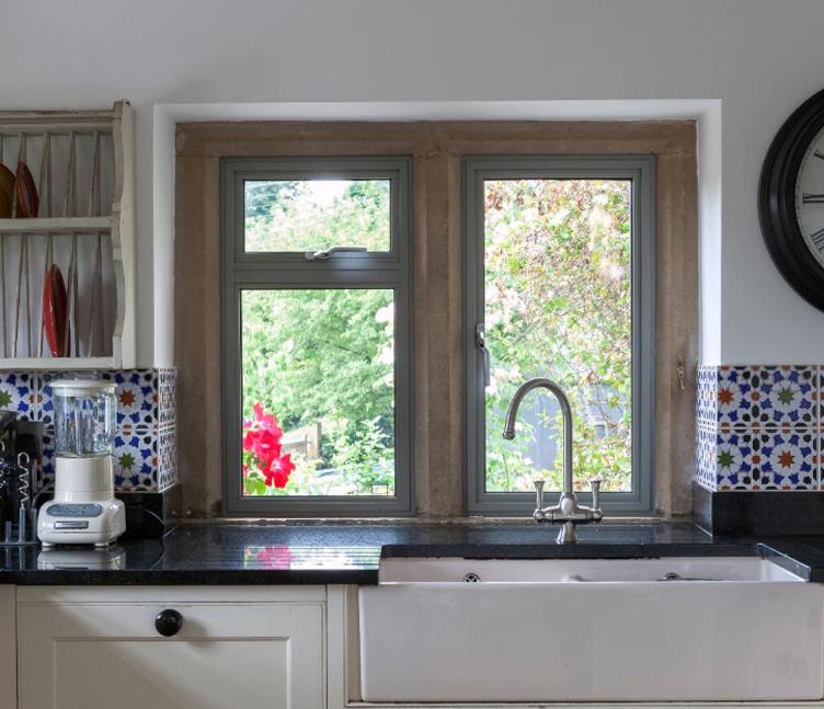 aluminium sash windows stoke-on-trent